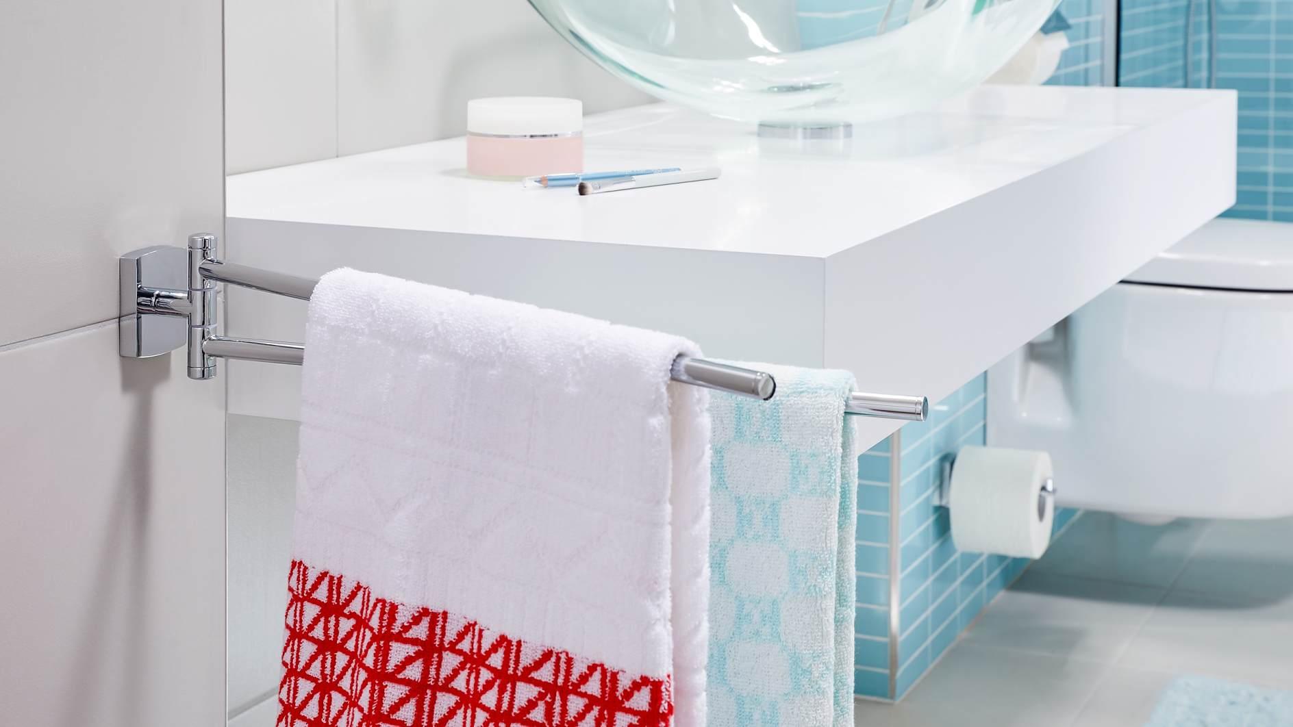 Handtuchhalter zweiarmig schwenkbar mit eckiger Wandplatte